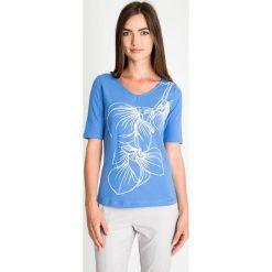 Bluzki damskie: Niebieska bluzka z wypukłym wzorem QUIOSQUE