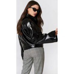 NA-KD Trend Kurtka Patent Wide Sleeve - Black. Białe kurtki damskie marki NA-KD Trend, z nadrukiem, z jersey, z okrągłym kołnierzem. Za 283,95 zł.