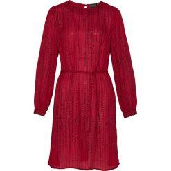 Sukienka z wiązanym paskiem bonprix ciemnoczerwono-czarny. Czerwone sukienki z falbanami marki bonprix. Za 79,99 zł.
