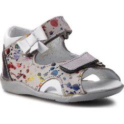 Sandały dziewczęce: Sandały KORNECKI – 05171 N/J.Popi/S