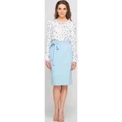 Spódniczki: Błękitna Spódnica Ołówkowa przed Kolano z Szarfą