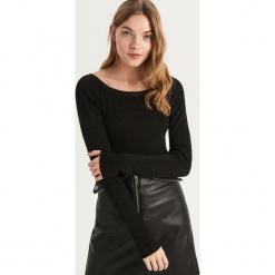 Sweter z dekoltem w kształcie łódki - Czarny. Czarne swetry klasyczne damskie marki Sinsay, l, z dekoltem w łódkę. Za 49,99 zł.