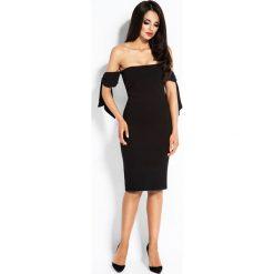 Czarna Sukienka z Opadającymi Ramionami. Niebieskie sukienki na komunię marki Reserved, z odkrytymi ramionami. Za 189,90 zł.