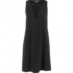 Sukienka shirtowa ze sznurowaniem bonprix czarny. Czarne sukienki bonprix, ze sznurowanym dekoltem. Za 44,99 zł.