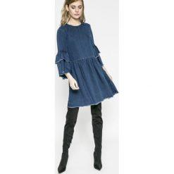 Only - Sukienka. Szare sukienki na komunię marki ONLY, s, z bawełny, z okrągłym kołnierzem. W wyprzedaży za 99,90 zł.