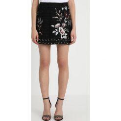 Liu Jo Jeans GONNA RADA Spódnica mini black. Czarne minispódniczki marki Liu Jo Jeans, z jeansu. Za 899,00 zł.