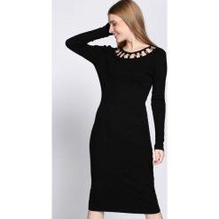 Czarna Sukienka Underline. Czarne sukienki dzianinowe Born2be, na jesień, l. Za 89,99 zł.