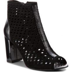 Botki KARINO - 2619/003-P Czarny. Fioletowe buty zimowe damskie marki Karino, ze skóry. W wyprzedaży za 189,00 zł.