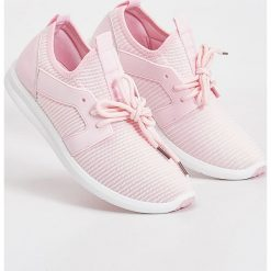 Buty sportowe - Różowy. Niebieskie buty sportowe damskie marki DOMYOS, z materiału, małe. W wyprzedaży za 39,99 zł.