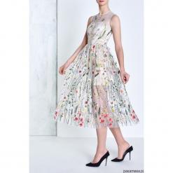 Sukienka Sappherie. Brązowe sukienki z falbanami marki Reserved, m, z gorsetem, gorsetowe. Za 799,00 zł.