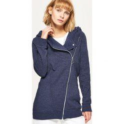 Bluzy damskie: Bluza z asymetrycznym zamkiem – Granatowy