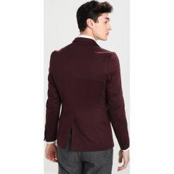 Marynarki męskie slim fit: Burton Menswear London Marynarka garniturowa burgundy
