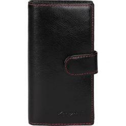 Czarny portfel męski. Czarne portfele męskie Kazar, ze skóry. W wyprzedaży za 114,00 zł.