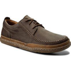 Półbuty CLARKS - Trapell Apron 261286807 Dark Brown Leather. Brązowe półbuty skórzane męskie Clarks. W wyprzedaży za 259,00 zł.