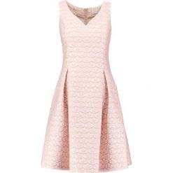 Sukienki hiszpanki: Young Couture by Barbara Schwarzer Sukienka koktajlowa rose
