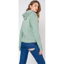 Bluzy damskie: NA-KD Basic Bluza z kapturem basic – Green
