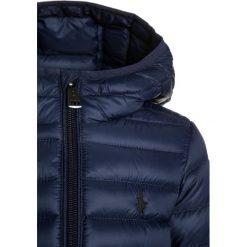 Polo Ralph Lauren PACKABLE OUTERWEAR Kurtka zimowa french navy. Niebieskie kurtki chłopięce zimowe marki Polo Ralph Lauren, z materiału. W wyprzedaży za 449,65 zł.
