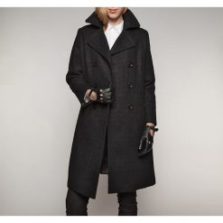 Płaszcz damski 85-9W-103-1. Czerwone płaszcze damskie marki Wittchen, s, z futra, z kapturem. Za 629,00 zł.