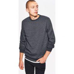 Gładka bluza BASIC - Czarny. Czarne bluzy męskie marki Cropp, l. Za 59,99 zł.