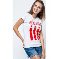 Bluzka COOL GIRL biała. Białe bluzki dziewczęce bawełniane marki FOUGANZA. Za 12,00 zł.