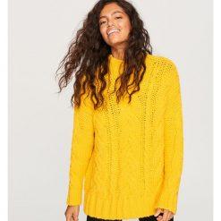 Gruby sweter ze stójką - Żółty. Żółte swetry klasyczne damskie Reserved, l, ze stójką. Za 139,99 zł.