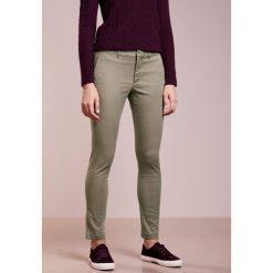 Odzież damska: Polo Ralph Lauren BROOKE SKINNY PANT Chinosy light moss