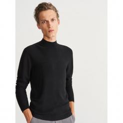 Sweter ze stójką - Czarny. Szare swetry klasyczne męskie marki bonprix, l, melanż. Za 139,99 zł.