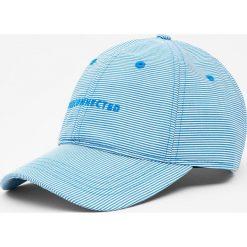 Czapka basic z napisem. Szare czapki z daszkiem męskie marki Pull & Bear, okrągłe. Za 59,90 zł.