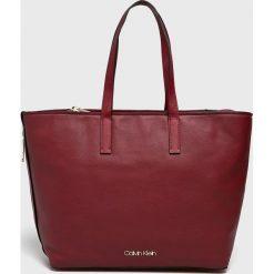 Calvin Klein - Torebka. Brązowe torebki klasyczne damskie marki Calvin Klein. Za 629,90 zł.