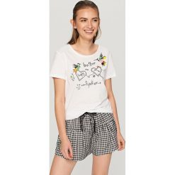 Piżama z szortami - Biały. Czarne bielizna chłopięca marki Reserved, l. W wyprzedaży za 59,99 zł.