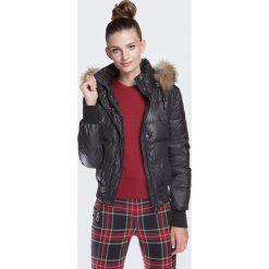 Kurtka damska 87-9D-404-1. Brązowe kurtki damskie pikowane marki QUECHUA, na zimę, m, z materiału. Za 559,00 zł.