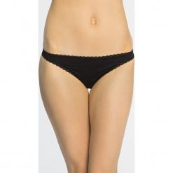 Calvin Klein Underwear - Stringi. Brązowe stringi marki Calvin Klein Underwear, s, z dzianiny. Za 89,90 zł.