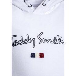 Teddy Smith SEVEN Bluza z kapturem blanc. Białe bluzy chłopięce rozpinane marki Teddy Smith, z bawełny, z kapturem. Za 169,00 zł.