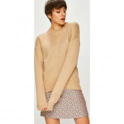Silvian Heach - Sweter. Różowe swetry oversize damskie marki Silvian Heach, m, z dzianiny. W wyprzedaży za 339,90 zł.