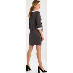 Sukienki hiszpanki: 9Fashion ZOE Sukienka z dżerseju grey