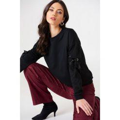 Rut&Circle Sweter z rękawem z elastyczną wstawką Thora - Black. Zielone swetry klasyczne damskie marki Rut&Circle, z dzianiny, z okrągłym kołnierzem. W wyprzedaży za 80,98 zł.