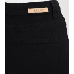 Lost Ink Plus WITH RIPS Jeans Skinny Fit black. Czarne jeansy damskie marki Lost Ink Plus. Za 179,00 zł.