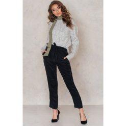 Spodnie z wysokim stanem: Rut&Circle Spodnie Firo – Black
