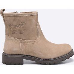Wrangler - Botki. Szare buty zimowe damskie Wrangler, z materiału, z okrągłym noskiem. W wyprzedaży za 169,90 zł.
