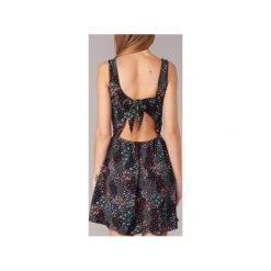 Sukienki krótkie Moony Mood  GODIA. Sukienki małe czarne marki Moony Mood, l, z krótkim rękawem. Za 119,20 zł.