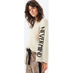 Sweter - Kremowy. Białe swetry klasyczne damskie Reserved, l. Za 119,99 zł.