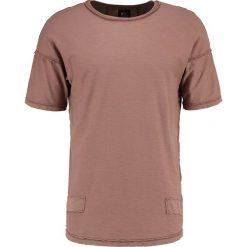 Black Kaviar SKYLINE Tshirt basic nut. Brązowe koszulki polo marki Black Kaviar, m, z bawełny. W wyprzedaży za 174,85 zł.