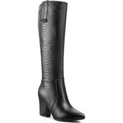 Kozaki EKSBUT - 95-3802-D69/155-1G Czarny Oc. Czarne buty zimowe damskie Eksbut, ze skóry, przed kolano, na wysokim obcasie. W wyprzedaży za 309,00 zł.
