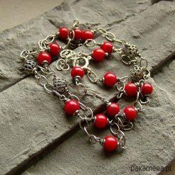 Korale z ażurem - naszyjnik. Czerwone naszyjniki damskie marki Pakamera, na co dzień. Za 159,00 zł.