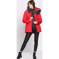 Czerwona Kurtka Tangerines. Czerwone kurtki damskie pikowane Born2be, na zimę, l. Za 169,99 zł.