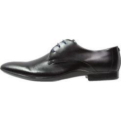 Azzaro OUTIN Eleganckie buty noir. Czarne buty wizytowe męskie Azzaro, z materiału, na sznurówki. Za 579,00 zł.