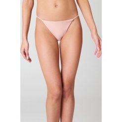 Hot Anatomy Dół bikini Brazilian - Pink. Zielone bikini marki Hot Anatomy, z haftami. Za 64,95 zł.