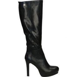 Kozaki ocieplane - 1329 PIT BLU. Czarne buty zimowe damskie marki Kazar, z futra, przed kolano, na wysokim obcasie, na koturnie. Za 299,00 zł.