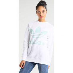 Bluzy damskie: adidas Originals ADICOLOR OVERSIZED  Bluza white