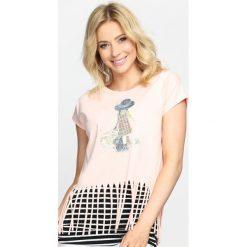 Bluzki damskie: Różowy T-shirt Crazy Night